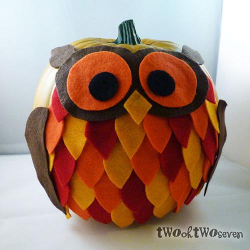 My owl barn owl feather pumpkin for Pumpkin carving ideas owls