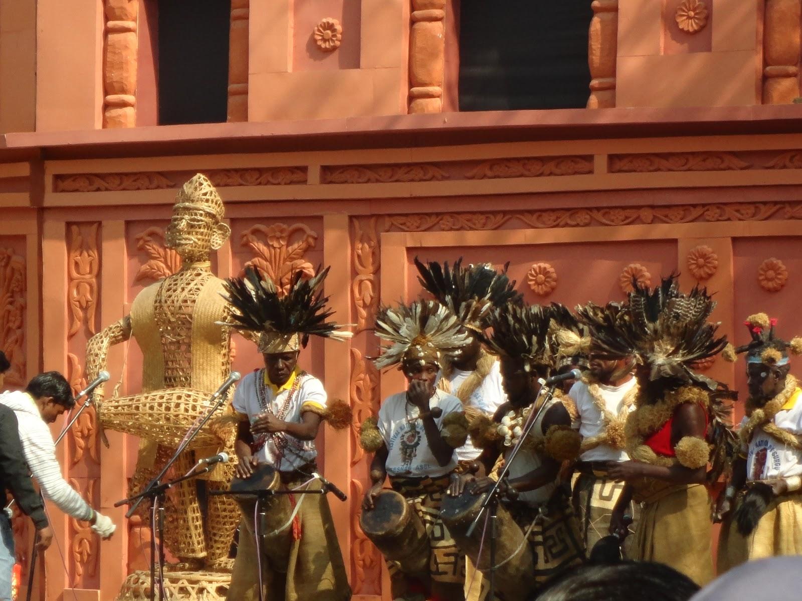 Congo Troupe performing at the Surajkund arts mela, India