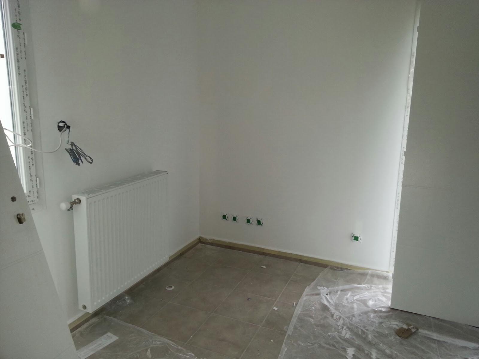Peinture finie notre maison pregnin for Mettre un meuble devant un radiateur