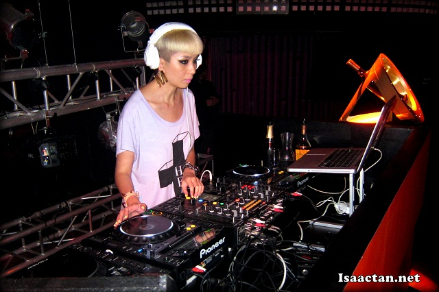DJ Miss Yellow from Hong Kong spinning for us at Glenmorangie Orange Eclectic Pulse