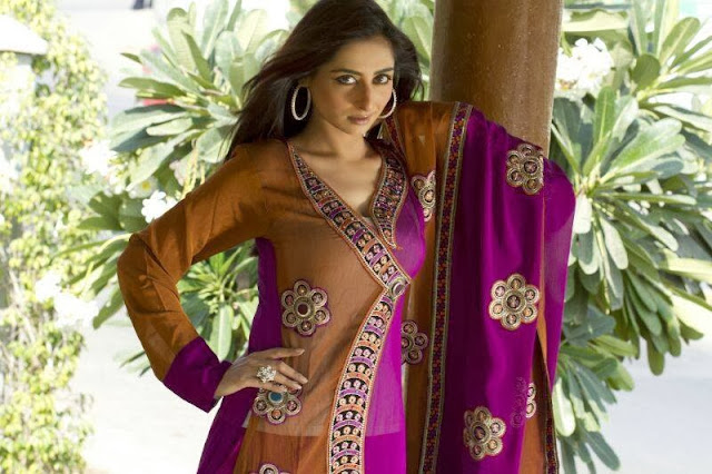 New-fashion-wear-for-wedding-in-Pakistan
