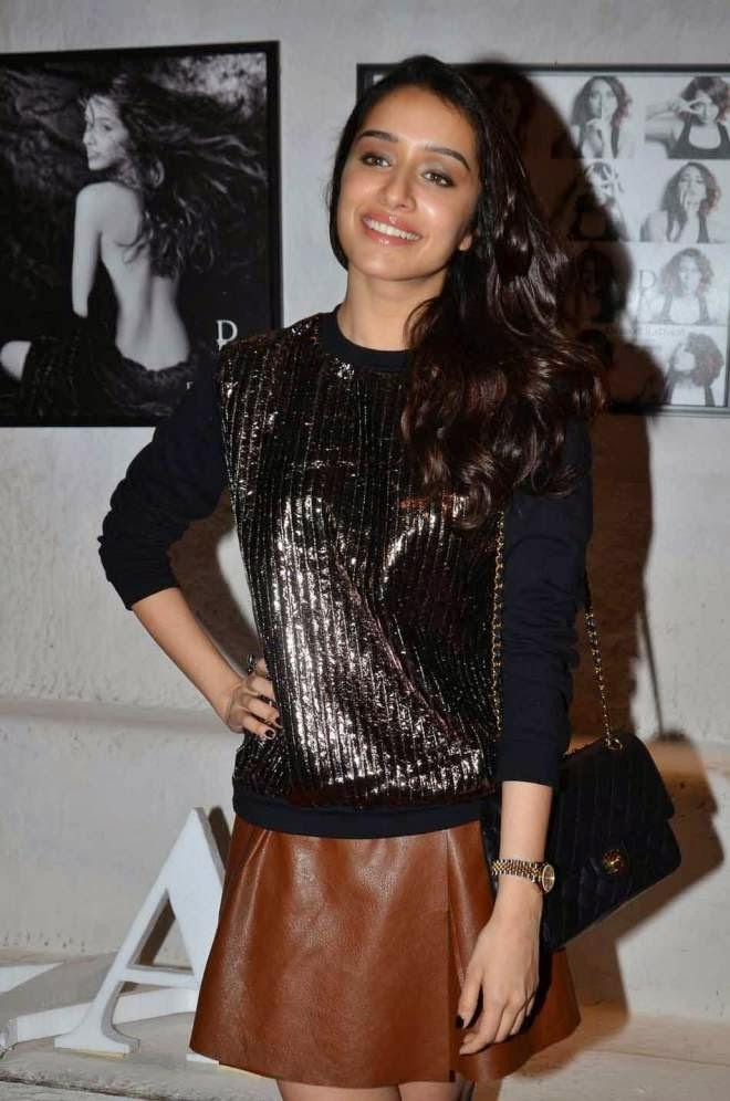 Shraddha Kapoor HD Hot Short Skirt Photos