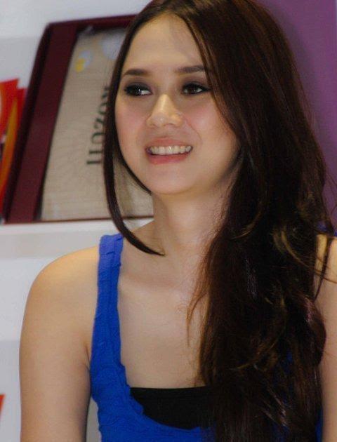 Hot Celebs Indonesia