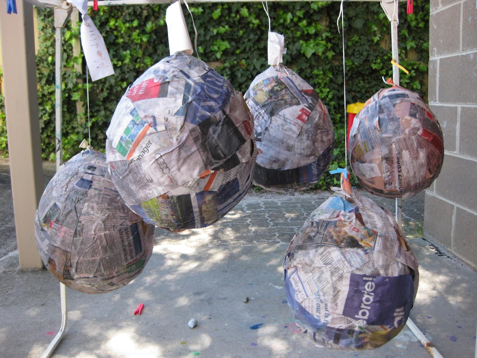 Thirtynine playgroup art and craft papier mache for Paper mache art and craft