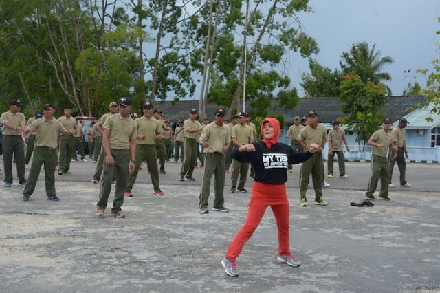 30 Prajurit TNI Latihan Terjun Taktis PPRC TNI