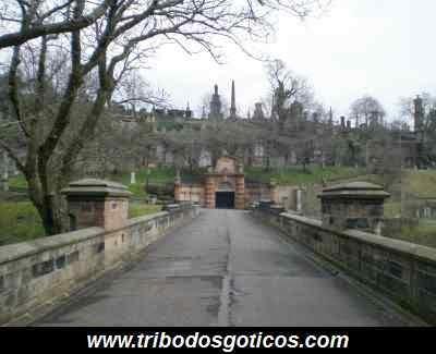 passarela,cemiterio,gotico