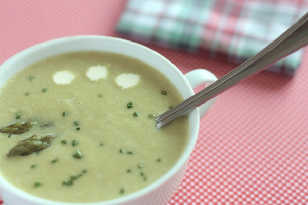 Ro Guaraz · sopa de espárragos y parmesano · 05