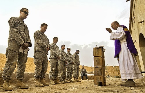US_Army_chaplain_Fr_Carl_Subler_celebrates_Mass_for_soldiers_in_Badula_Qulp_in_Helmand_province_Afghanistan_Feb_21_2010_Credit_USAF_Tech_Sgt_Efren_Lopez_CNA_4_9_13.jpg (500×320)