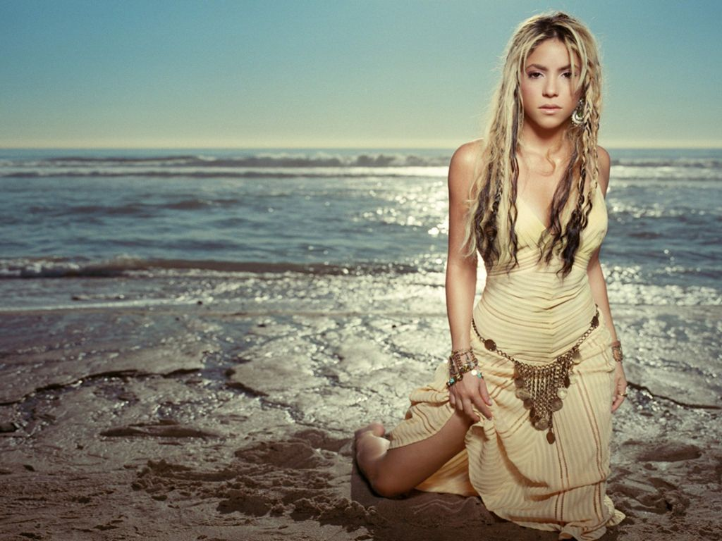 Shakira hot bikini wallpaper hq taste wallpapers