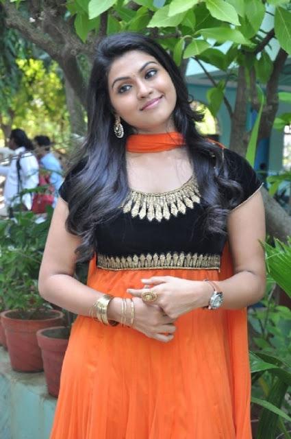 Actress Nanthana Latest Photos In Dress 02