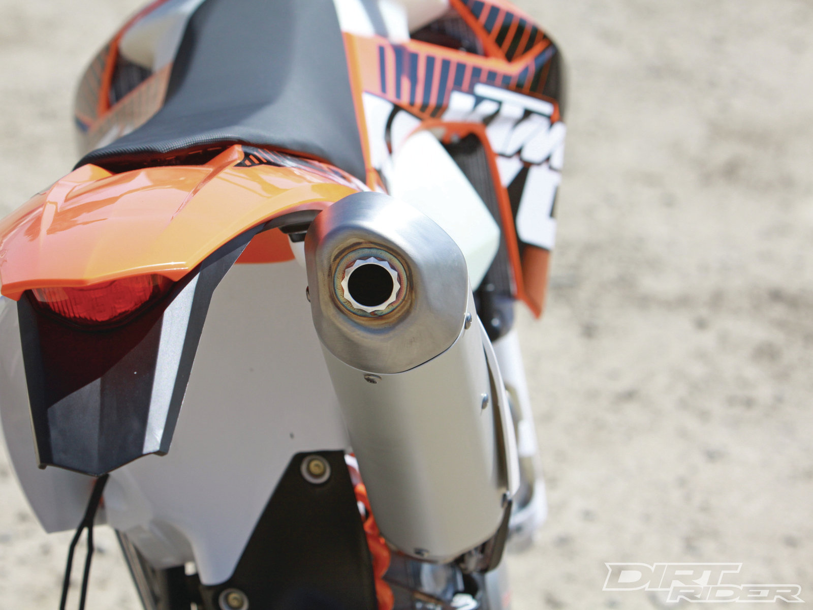 http://4.bp.blogspot.com/-Cq8xvfu-5Kg/ToolGYt7Y9I/AAAAAAAACAI/yImOqZufses/s1600/2012+KTM+450+XC-W.jpg