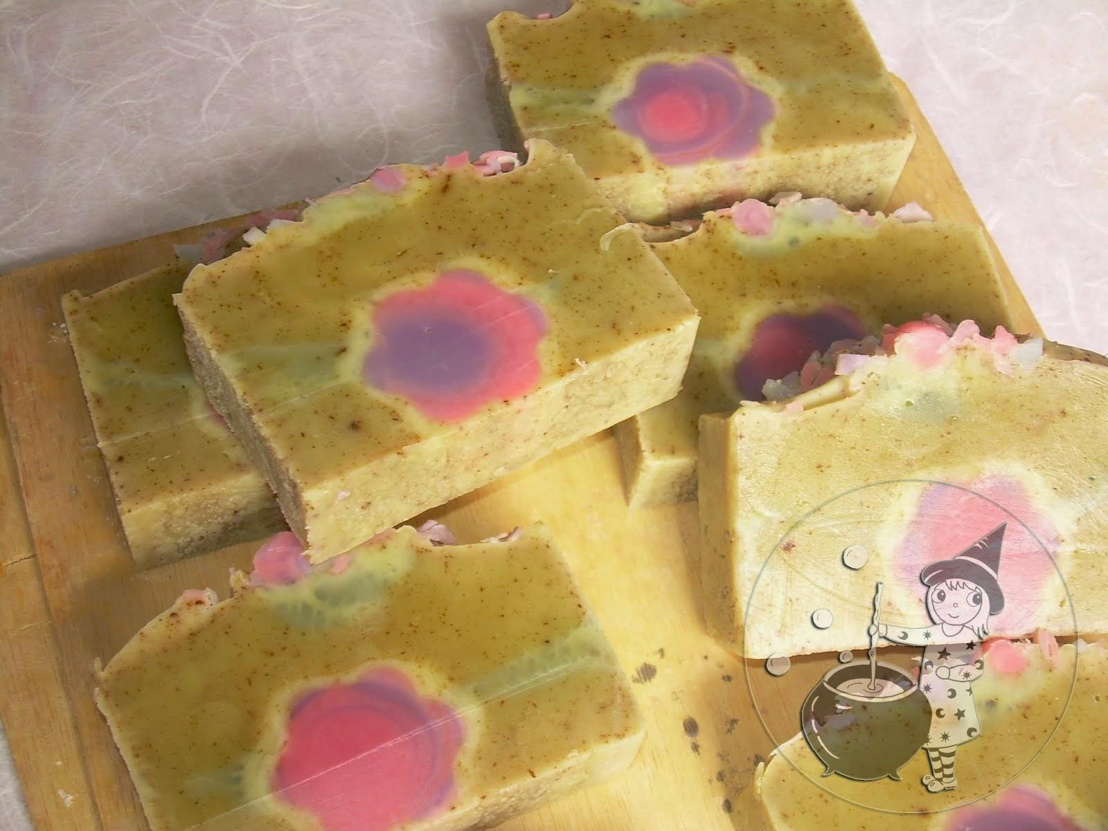Jabón de rosa y ruda