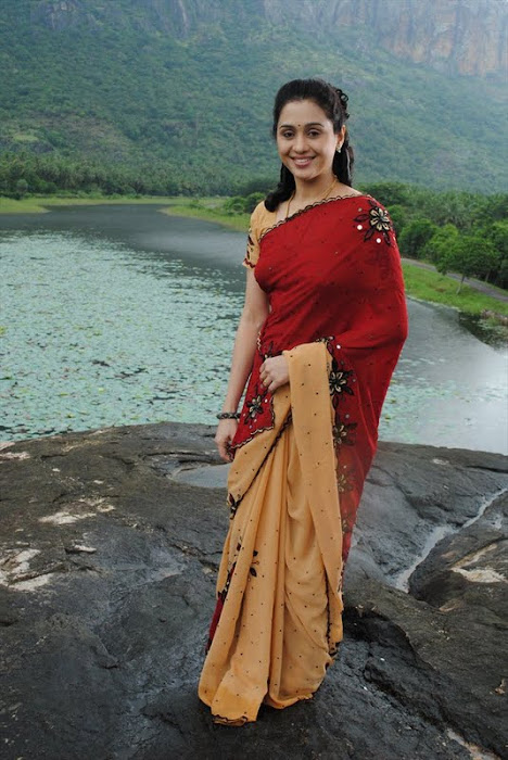 devayani @ kodi mullai tv serial actress pics