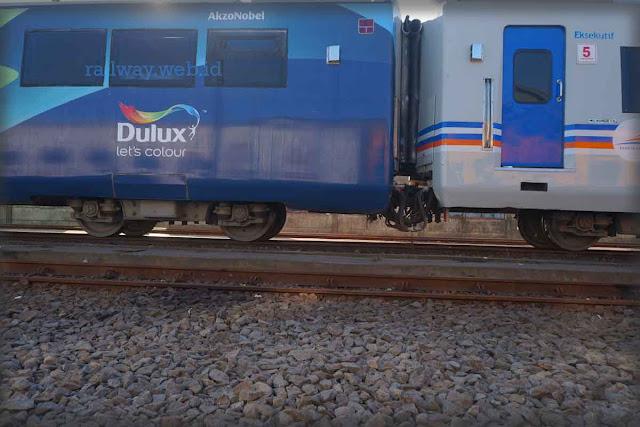 Gambar KA Argo Bromo Anggrek Dulux