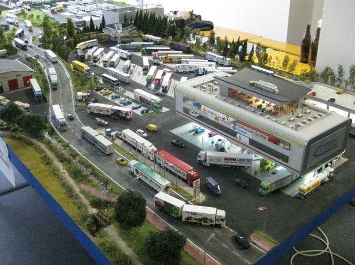 world 1 87 dioramas de camions et de centres de stockage. Black Bedroom Furniture Sets. Home Design Ideas
