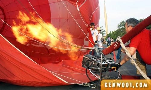 putrajaya hot air balloon fire