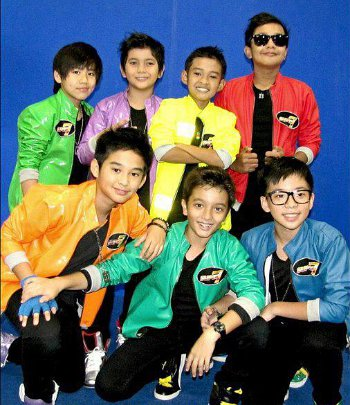 Foto Super 7 http://xtra-two.blogspot.com/2013/01/foto-foto-super-7.html