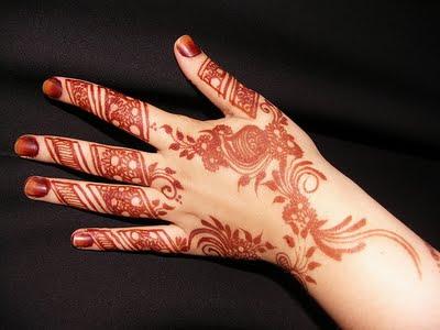Musulmana ecuatoriana dise os de henna en la piel y u as for Henna para manos