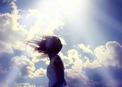 ~Pensar en el hace que estea en una nube~
