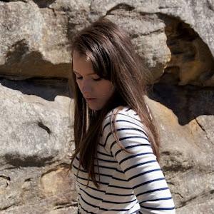 Laura | Sydney | 24