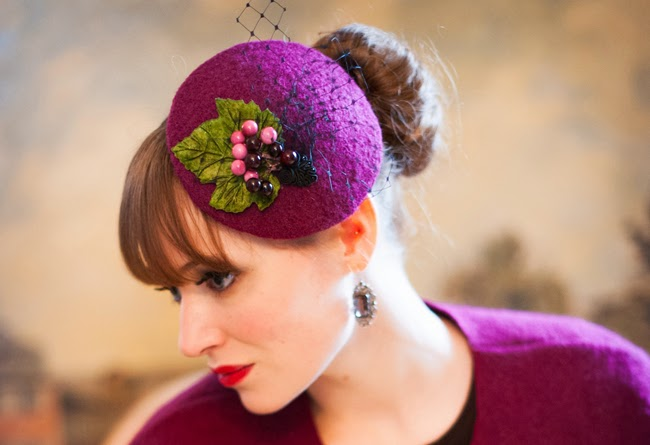 fascinator, berries, purple pillbox