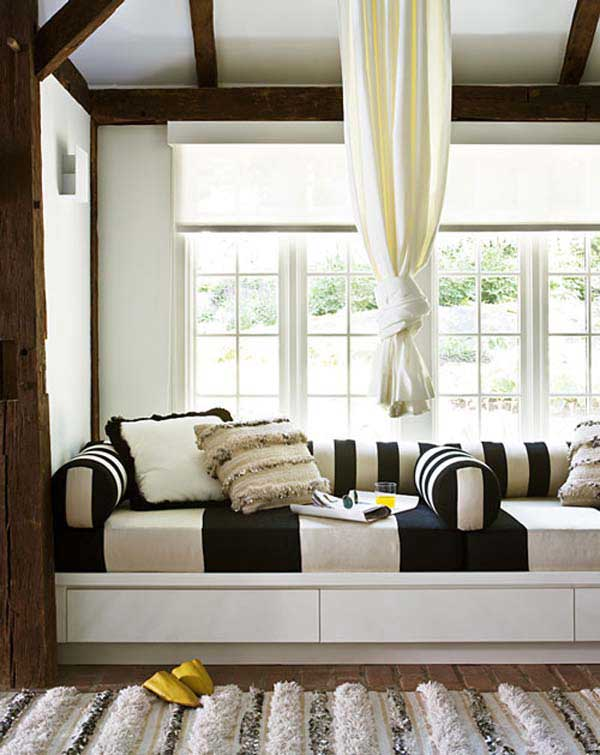 Tesori Belle . . .: Built-In Window Seats