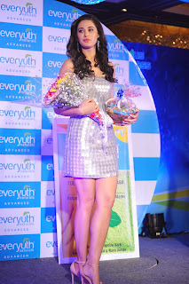 Nargis Fakhri  Pictures in Short Dress at Everyouth Naturals Face Wash Launch ~ Celebs Next