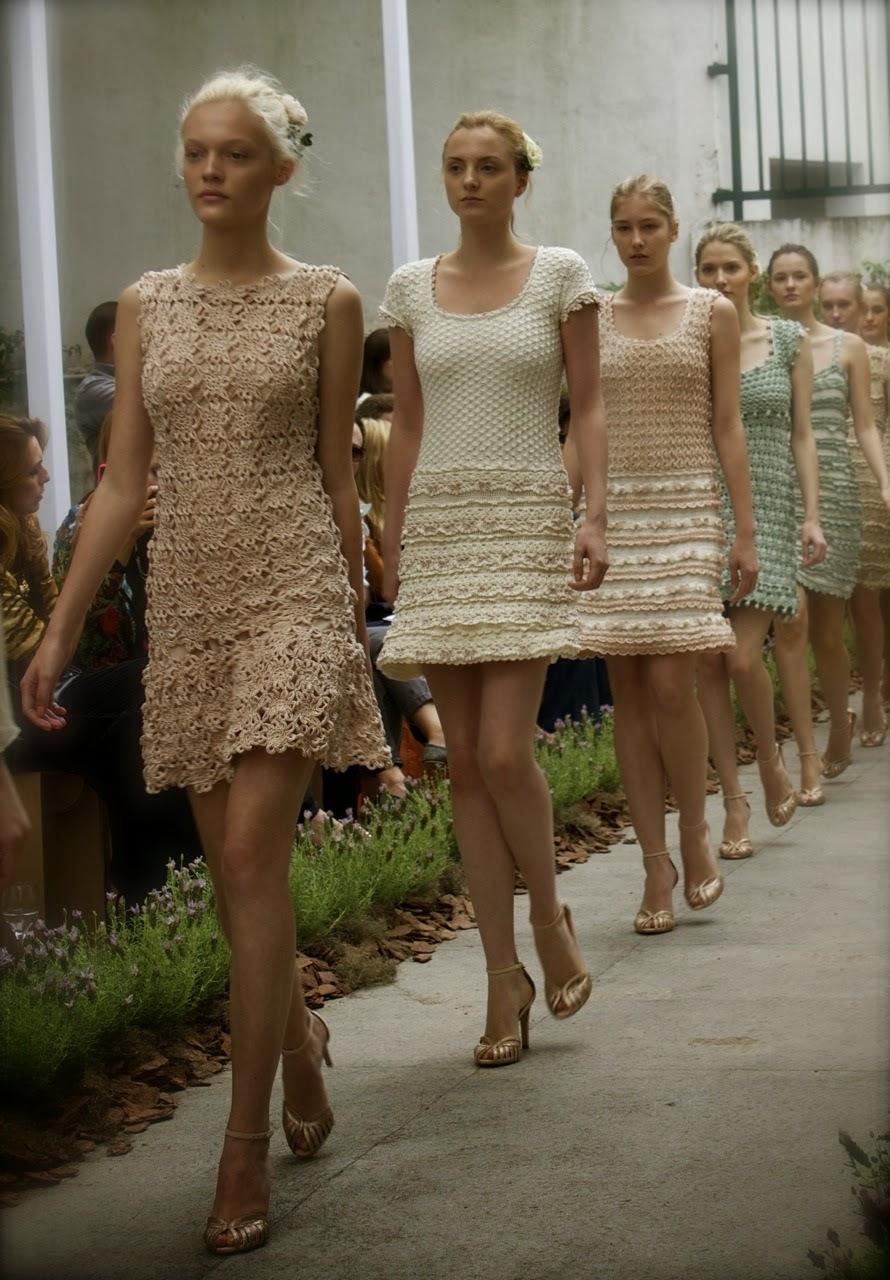 dantelli giyimler,moda dantel,dantelleli moda giyim ,Vanessa Montoro