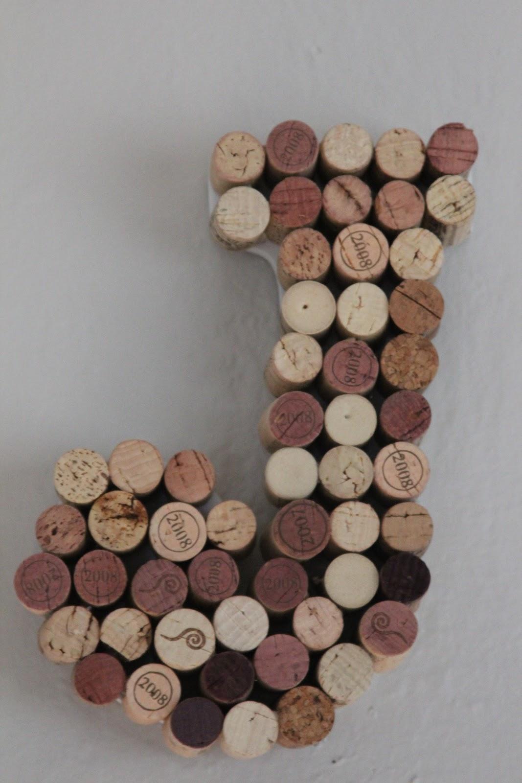 Remadesimple wine cork monogram for Simple cork