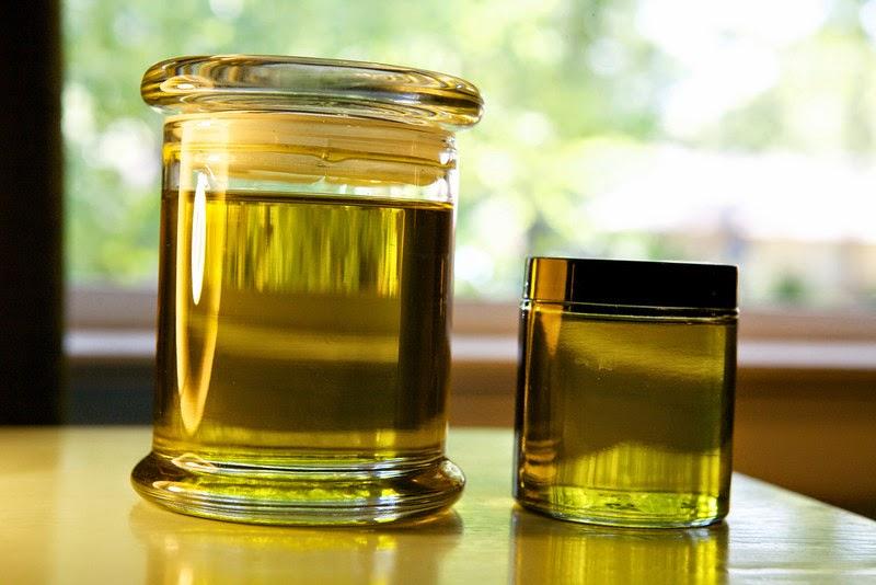 Tinh dầu thiên nhiên..