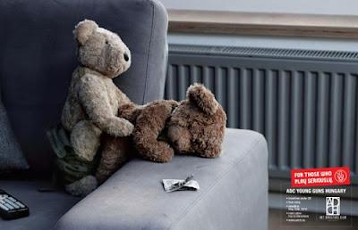 Publicidad sexo seguro entre osos