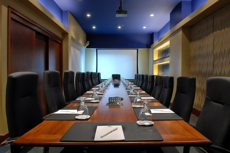 Why Business Owners Opt For Conference Room Rentals