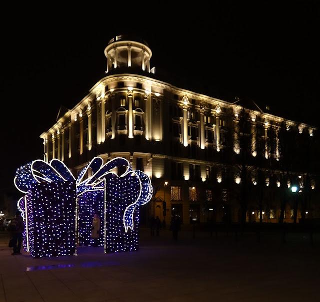 Magia świątecznych świateł na Krakowskim Przedmieściu 2012