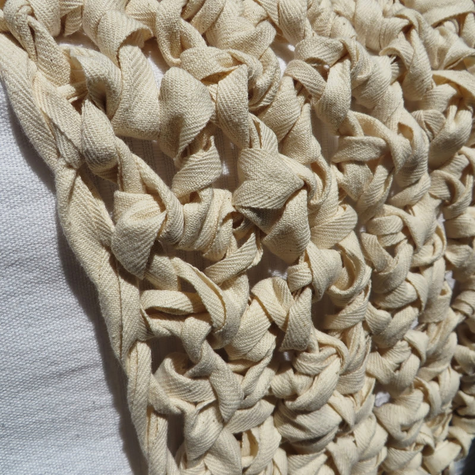 narzuta z taśmy bawełnianej