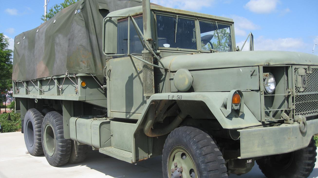 canadian used military vehicles for autos weblog. Black Bedroom Furniture Sets. Home Design Ideas