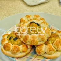 Patatesli Zeytinli Papatya Börek Tarifi
