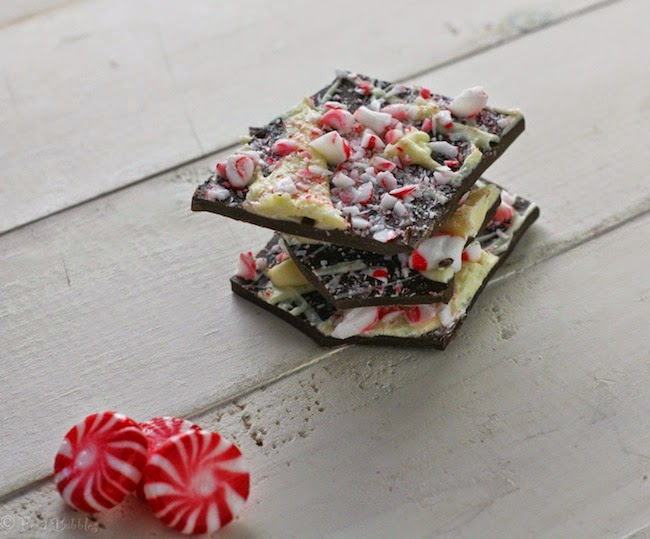 http://foodbabbles.com/2012/12/williams-sonoma-copycat-peppermint-bark/#_a5y_p=1090640