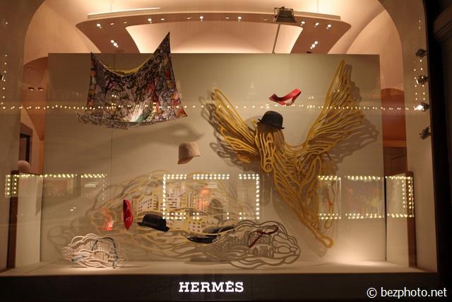 hermes window displays