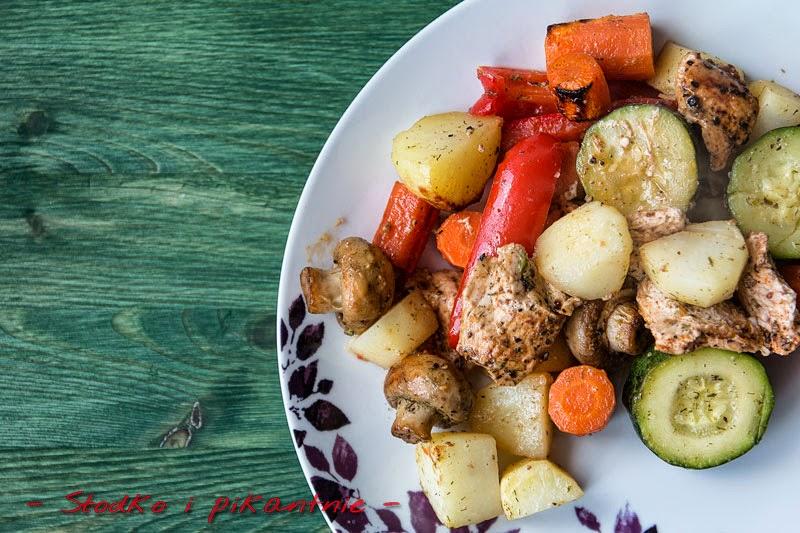 Pierś z indyka zapiekana z warzywami