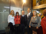 Dra. Patricia A. Taus junto al coautor del libro, Dr. Jorge Leonardo Frank.