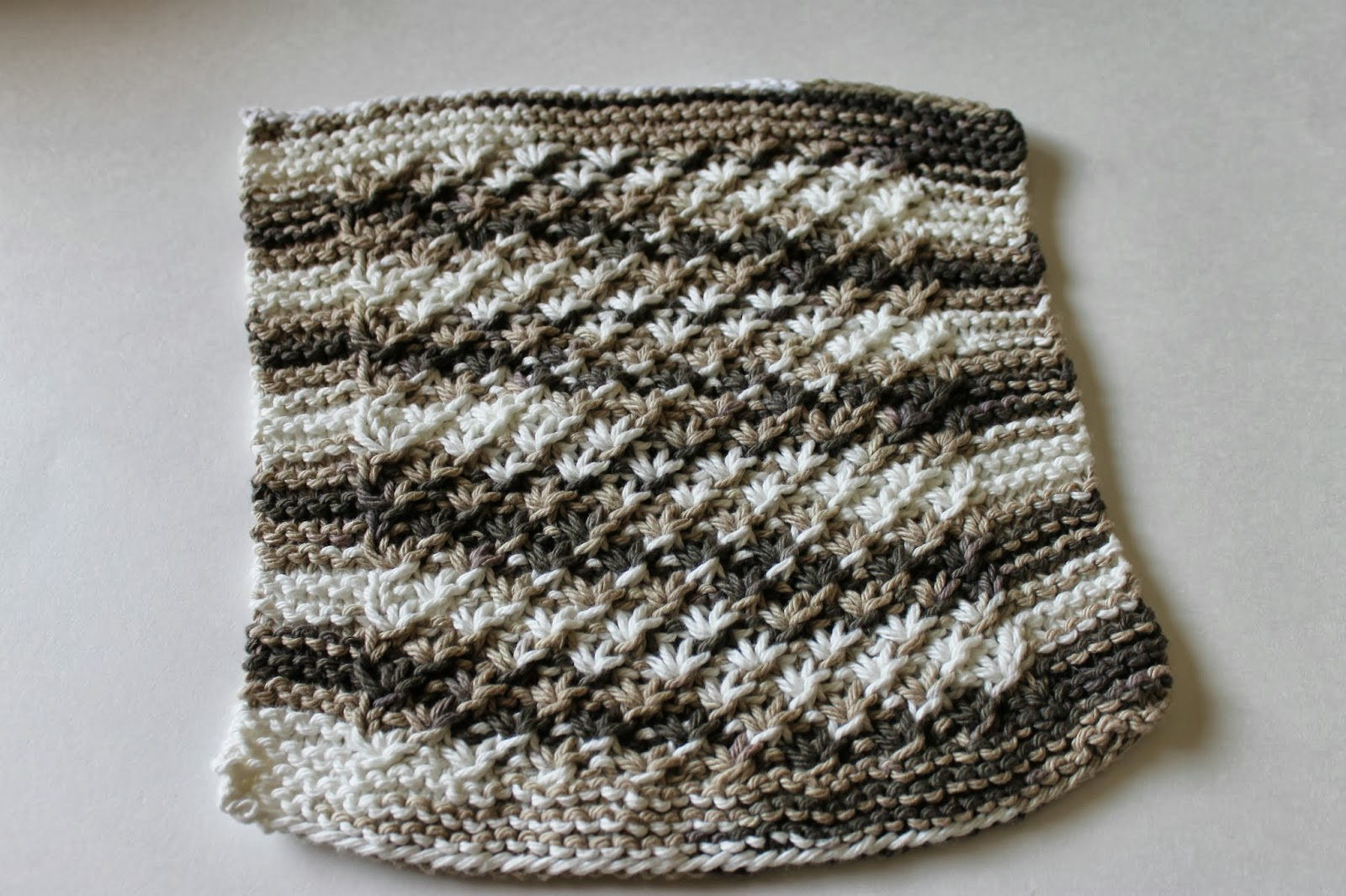 Stay@Home Stitchings: Star Stitch Dishcloth Pattern