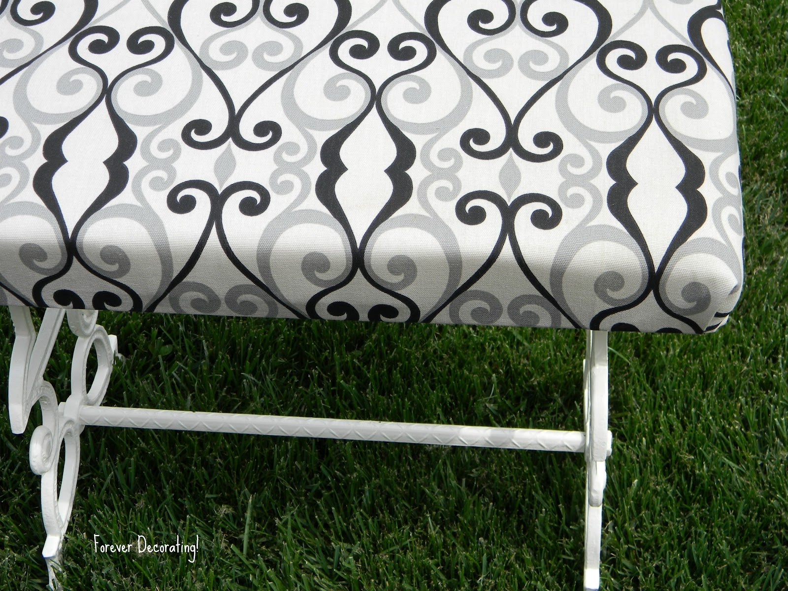 Forever Decorating!: Iron Bench!
