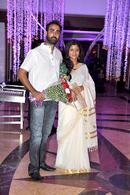 Konkana at Sunidhi Chauhan's wedding reception