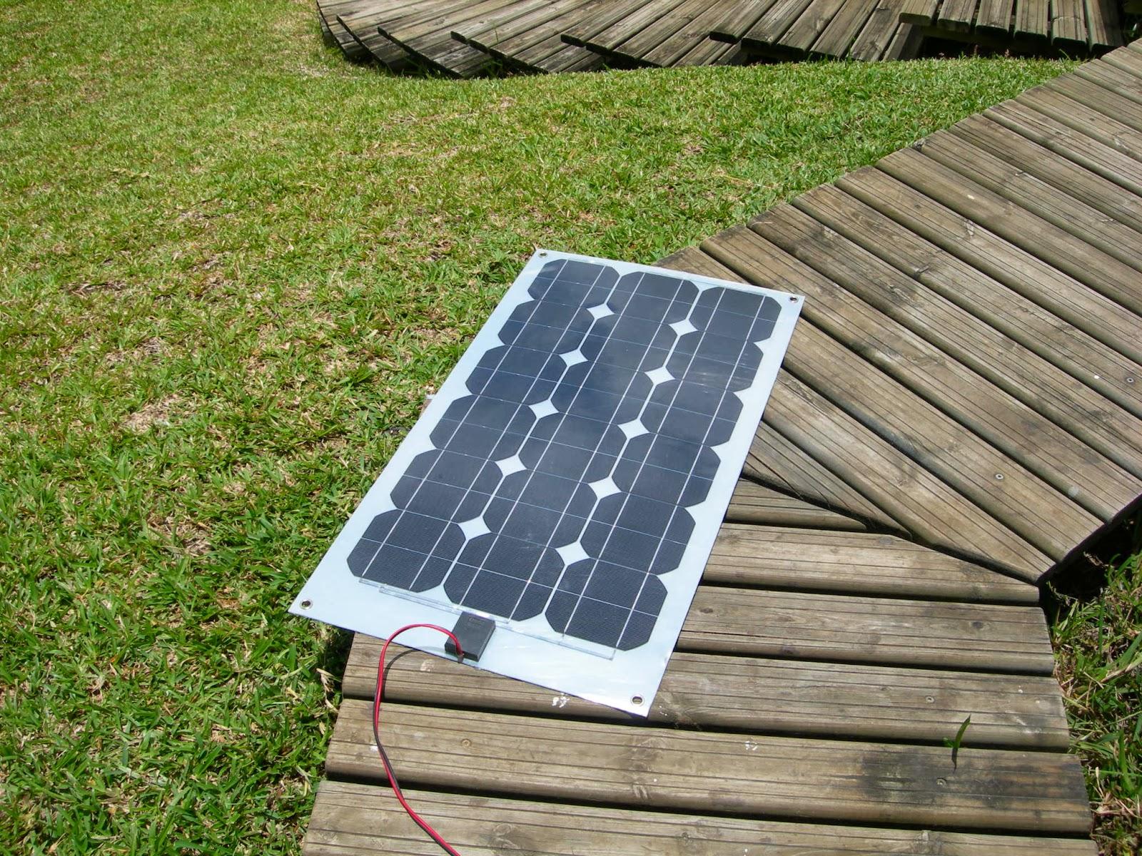 panneau solaire rendement panneau solaire souple 100w 12v tr s haut rendement panneau solaire. Black Bedroom Furniture Sets. Home Design Ideas