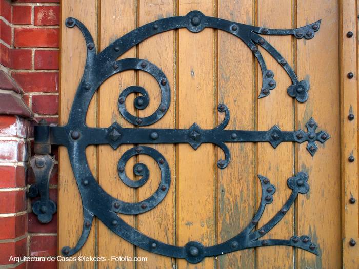 Arquitectura de casas herrajes para la casa for Herrajes para puertas