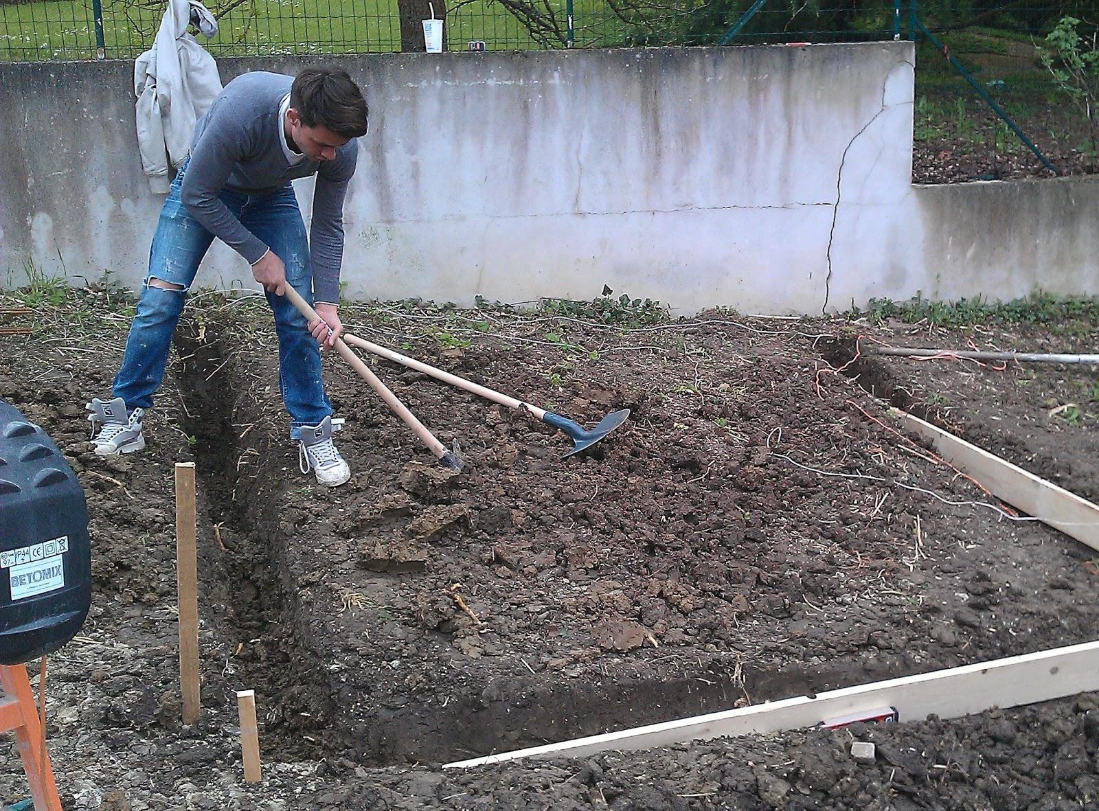 Abri De Jardin Sur Terrain En Pente Angers Maison Design Trivid Us # Abris De Jardin Amberieu