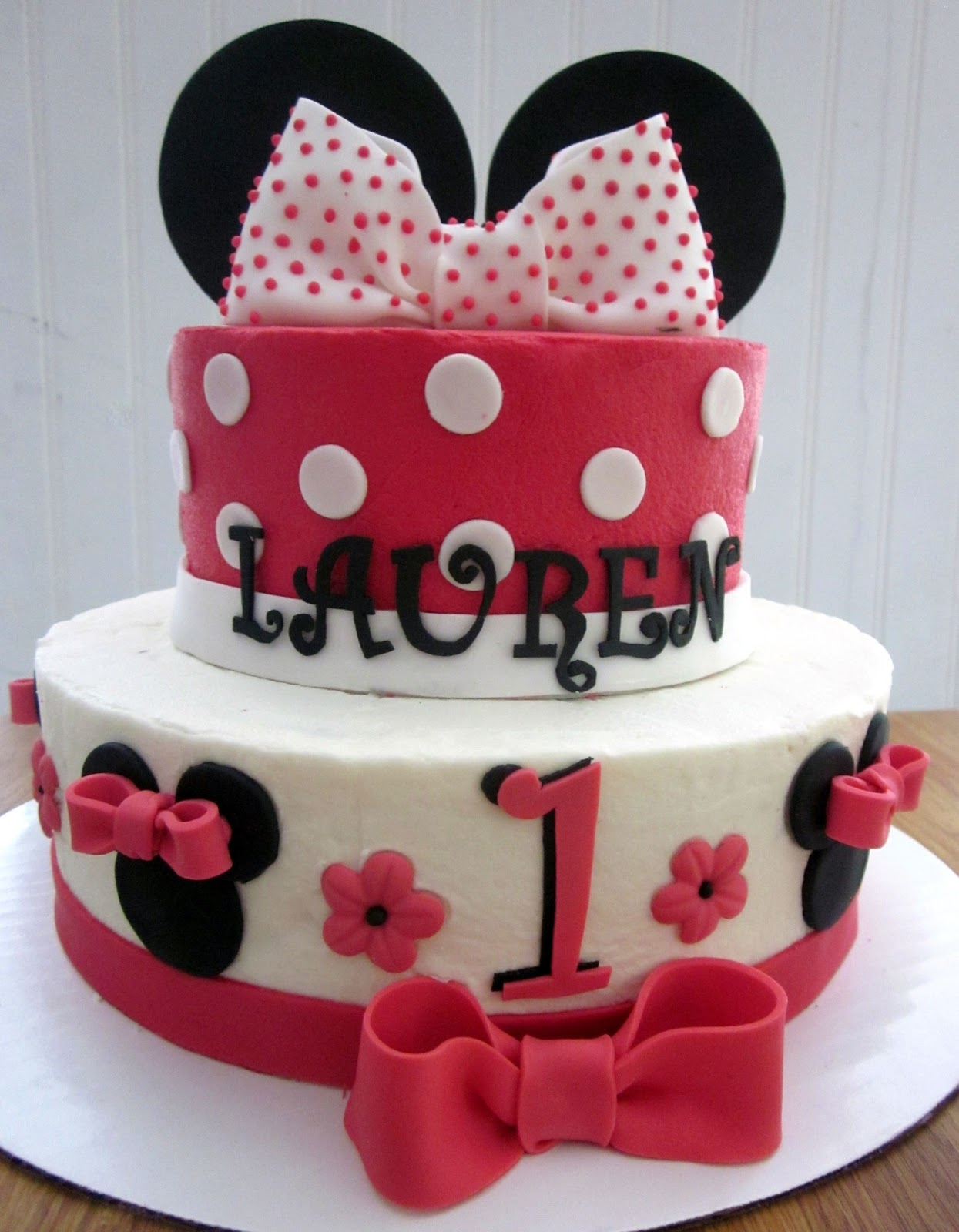Minnie Mouse Images For Cake : Darlin  Designs: Minnie Mouse Cake