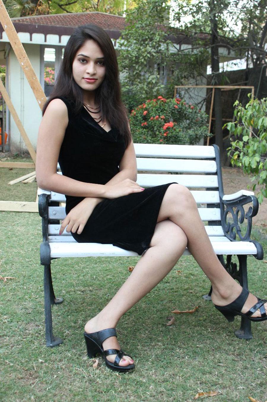 Tamil heroine Sanyathara latest photos | HQ Pics n ...