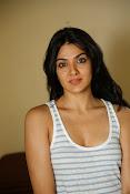 Sakshi Chowdary dazzling photo shoot-thumbnail-20