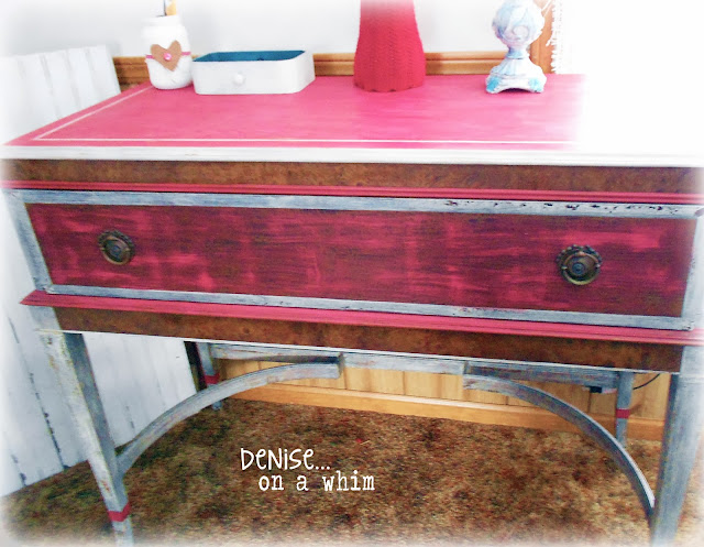 Criss Cross Brush Strokes on an Antique Stand Makeover via http://deniseonawhim.blogspot.com